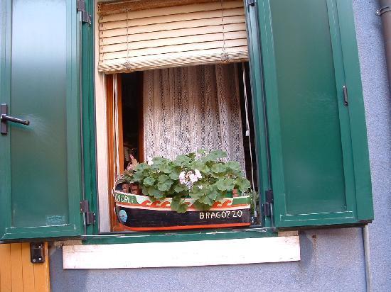 Hotel Angelo : Una finestra tipica di Caorle