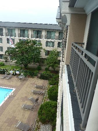 هوليداي ان برلنجتون: View from my room.