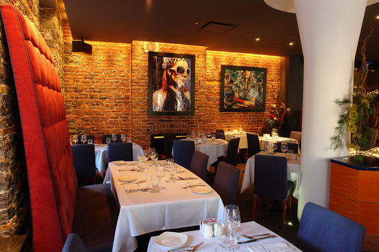 The 10 best restaurants near hotel sainte anne quebec city for Restaurant salle a manger