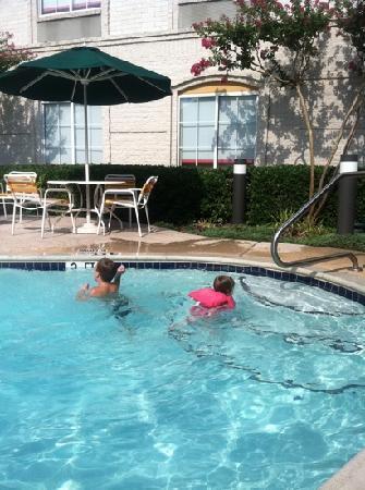 La Quinta Inn & Suites Dallas Plano West: pool