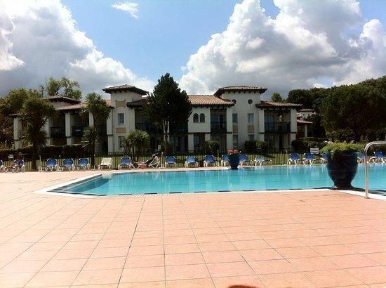 Urrugne, France: Vue depuis la piscine