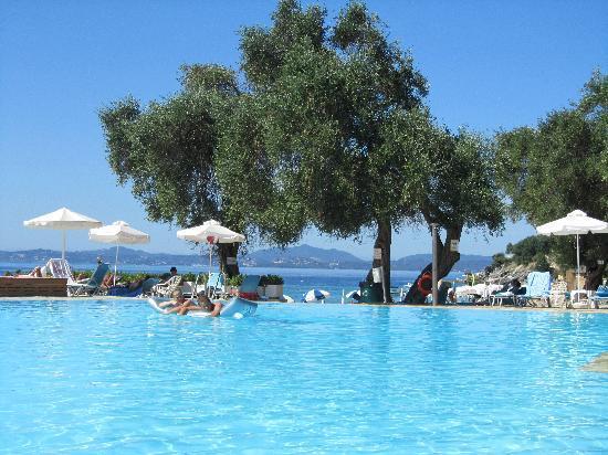 Sensimar Nissaki Beach by Atlantica: la piscine