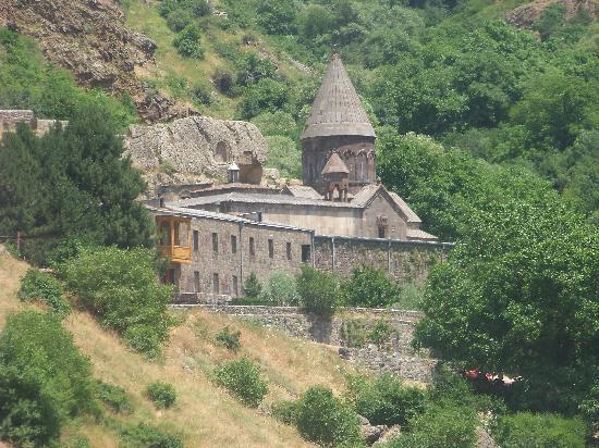 Yerevan Hostel: gegard when i was in taxi