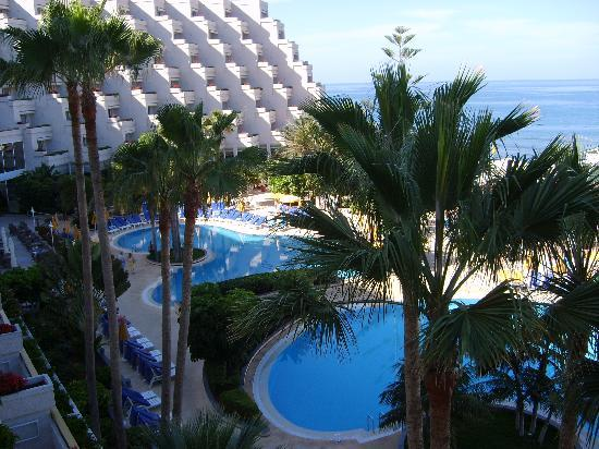 Spring Arona Gran Hotel: view of the pool