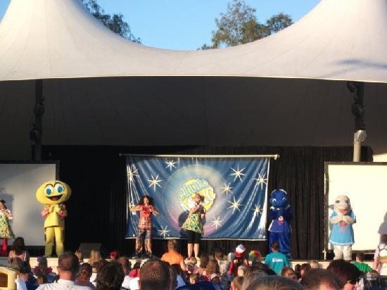 Club MAC Alcudia : Circus stage