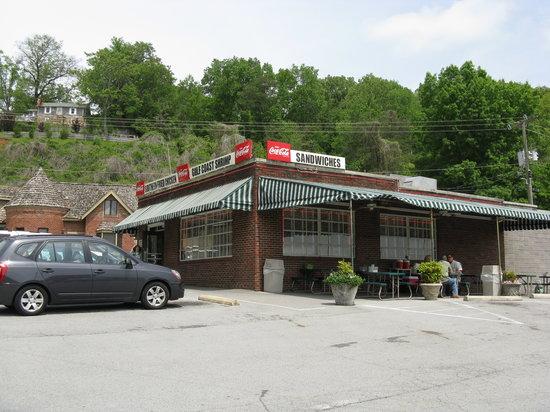 Nikki S Restaurant Chattanooga Tennessee