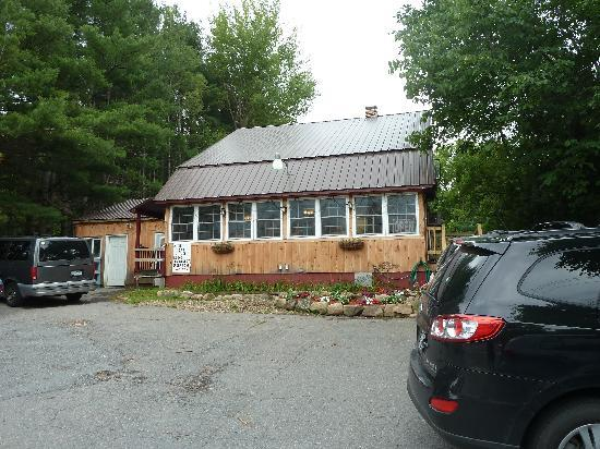 The country bear bakery and diner wilmington restaurant for Wilmington ny cabin rentals