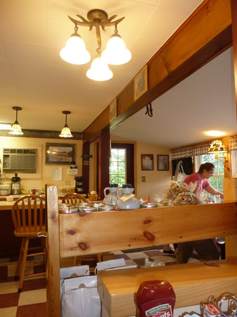 The Country Bear Bakery and Diner