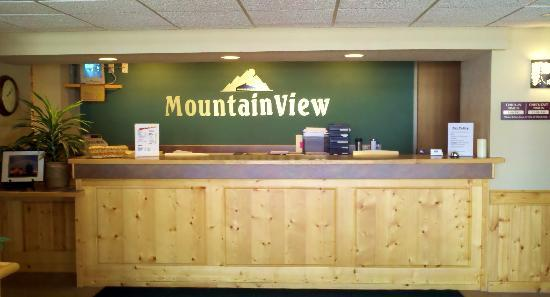 MountainView Lodge & Suites: Front Dest