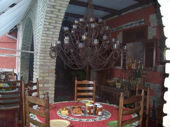 The Inn at Villa Bambou : Breakfast area