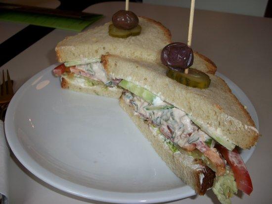 Barcomi's Deli: sandwich poulet salade