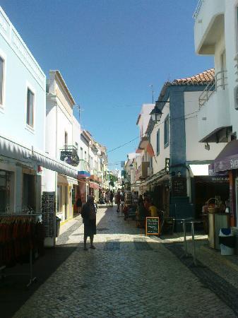 ألفور, البرتغال: Street in Alvor