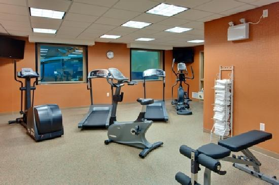 Holiday Inn Express Kelowna: Fitness Centre
