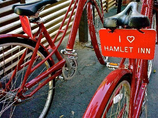 Hamlet Inn: Free bike rentals for customers!!