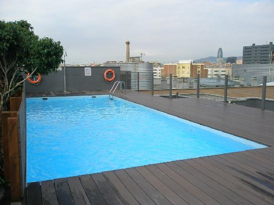 Attica 21 Barcelona Mar: the mini pool - nice to relax