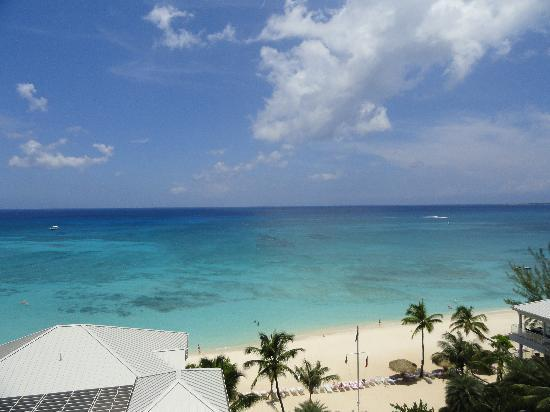 Caribbean Club Luxury Boutique Hotel: the view continued
