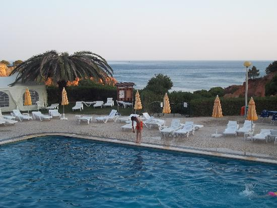 Luna Falesia Mar : pool area