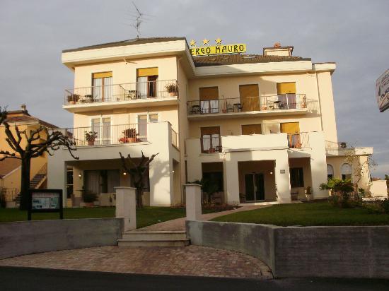 Hotel Mauro: L'hotel