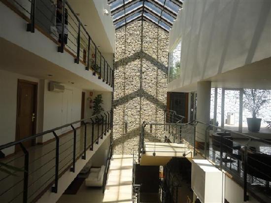 Radisson Hotel Colonia del Sacramento : adentro con el sol