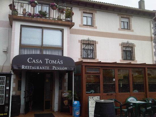 Valle de Ruesga, Spain: Entrada al restaurante
