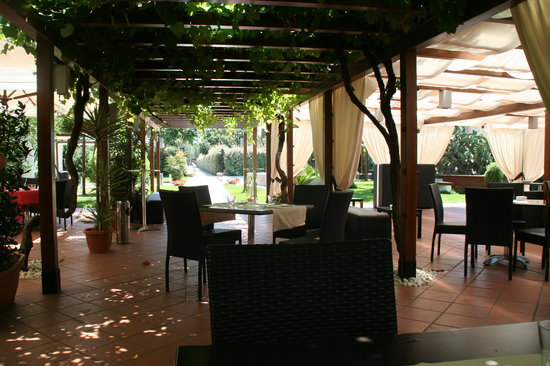 Il giardino delle esperidi pompeii restaurant reviews for Il giardini