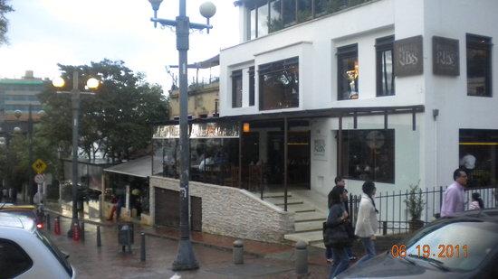 Tienda de Cafe: Front of the restaurant