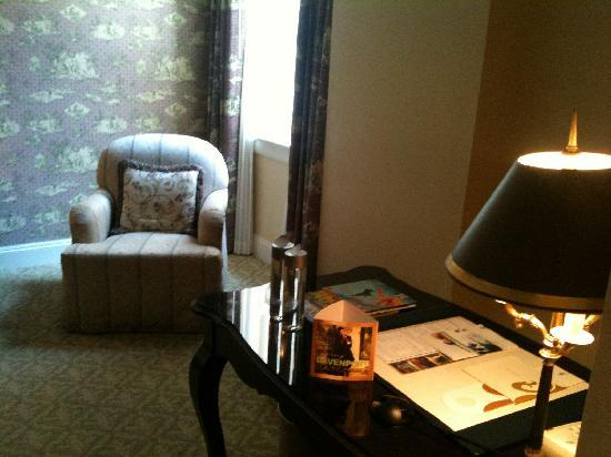 The Ritz-Carlton, New Orleans: Sitting Area