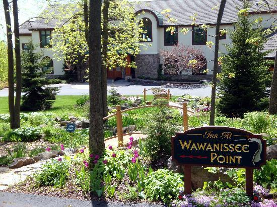 Inn at Wawanissee Point : Wawanissee in Spring