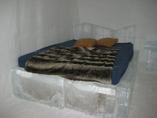 Hotel de Glace: Our room