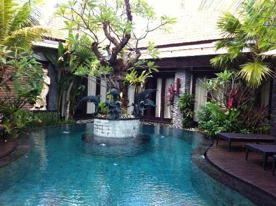 Rumah Santai Villas great pool