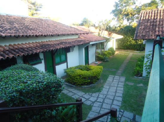 Barla Inn: jardin