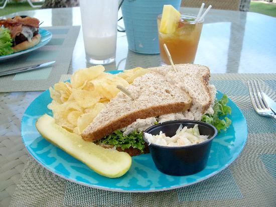 Plumeria Beach House: tuna sandwich