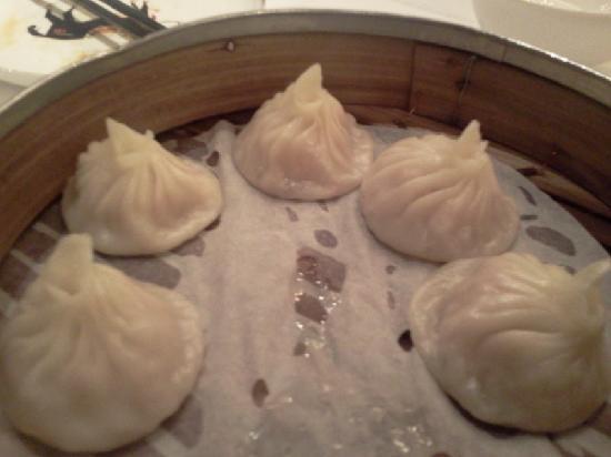Hunan Garden : Siao Lum Bao for starters