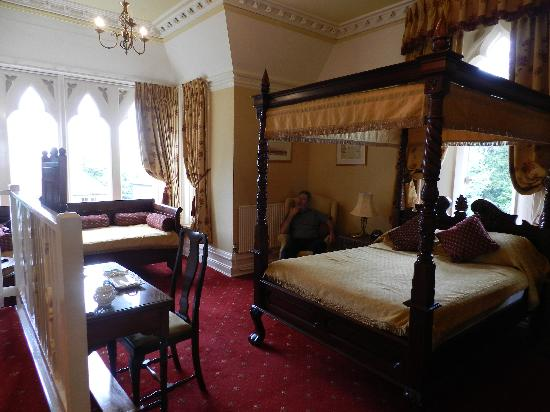 The Cotford Hotel and l'Amuse Bouche Restaurant: our room