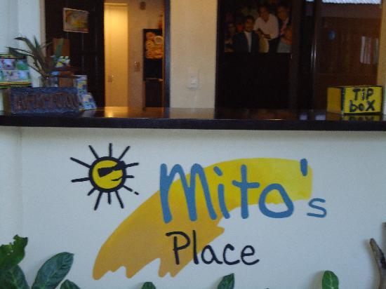 Mito's Place Boracay: reception area