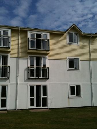 Butlins Skegness Resort: rear view of the apartments