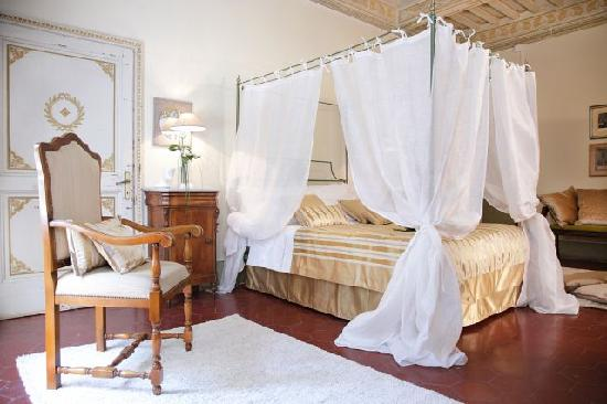 Villa  Vistarenni: bedroom Regina Margherita