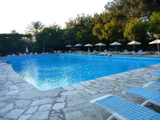 Sitia Beach City Resort & Spa : la piscine