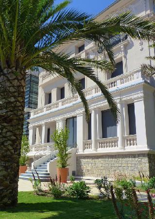 Musée Bonnard : Musée vu de la terrasse