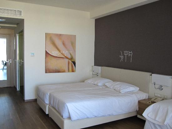 Avra Imperial Hotel: Habitación
