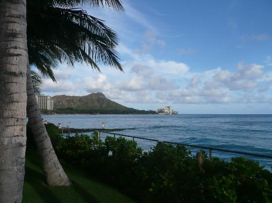 Outrigger Waikiki Beach Resort: Blick zum Diamond Head