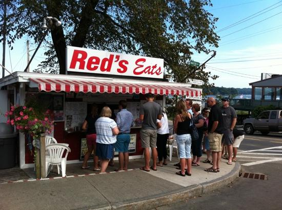 Red's Eats: this is the best lobstah place baby!
