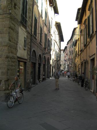 Casa Paolina : Streets of Beautiful Lucca