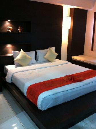 Amber Residences Phuket: superior room