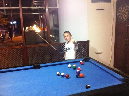 Sandys British Pub & Cafe: great for the young ones