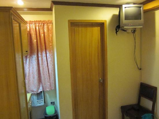 Ormoc Sugarland Pensione House Main: Door to the small bathroom