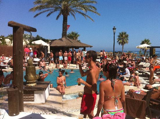 PYR Marbella Hotel: Buddha Beach Club