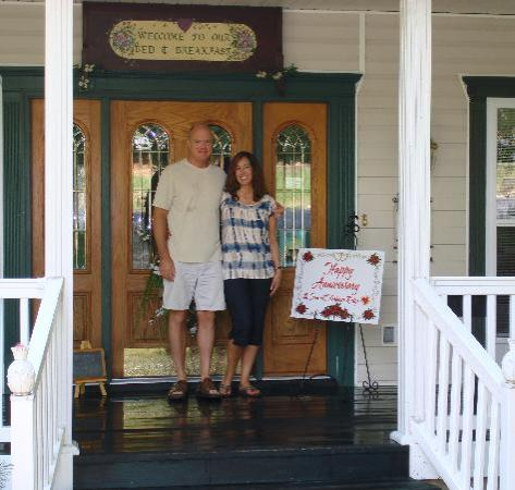 Inn at Harbour Ridge Bed and Breakfast: Our 1st anniversary at the best B & B!