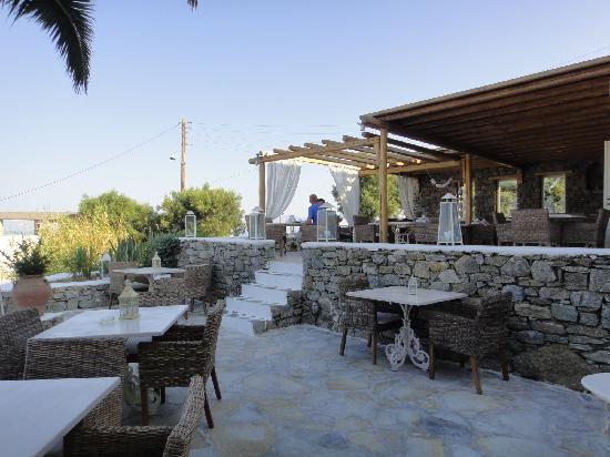 Vencia Hotel: breakfast/restaurant terrasse