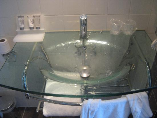 โรงแรมเวสท์คอร์ดซิตี้เซ็นเตอร์ อัมสเตอร์ดัม: Bathroom - pic 9